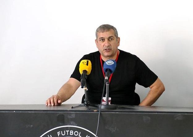 Yunis Hüseynov baş tutmayan transferdən danışdı: