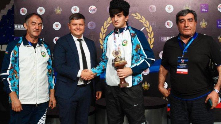 Boksçularımız xatirə turnirində 2 medal qazanıb